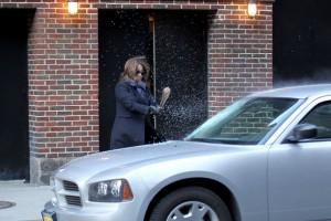 30+SOCK+Tina+Fey+seen+smashing+car+windshield+mOXpQotXO5Ll